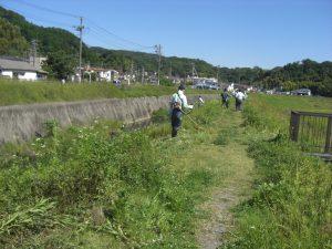 湯本川調節地美化清掃